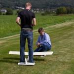 Martin hjelper til under oppstart av Andreas sin nitrodoning.